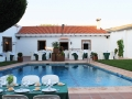piscina-restaurante-saga-mesas.jpg